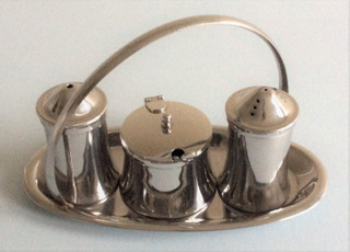 Oval tray condiment set