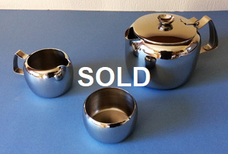 Connaught bright tea set